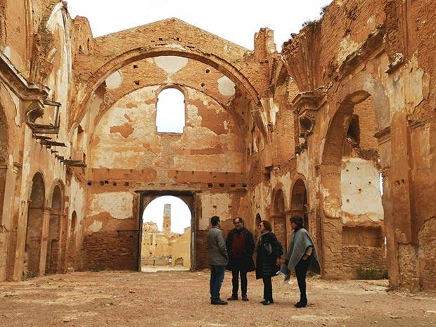 ruinas del pueblo viejo de belchite en zaragoza