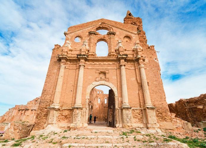 ruinas del pueblo viejo de belchite zaragoza