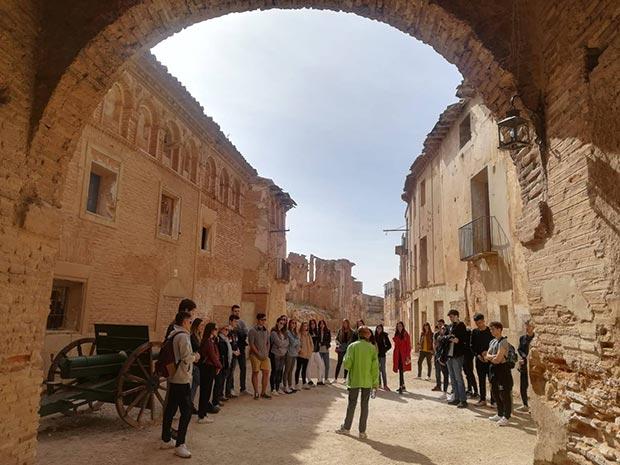 visita guiada al pueblo viejo de belchite