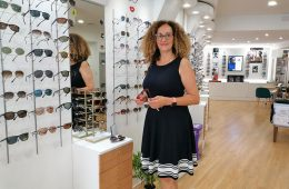 Nuria Fuentes y el 25º Aniversario de Viñuales Centro Óptico en Tenor Fleta 5