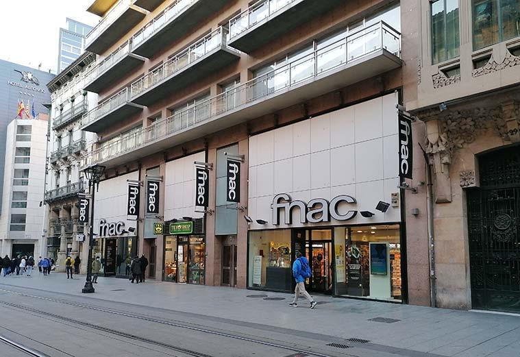 vista-de-FNAC-Plaza-Espana-desde-el-Coso-de-Zaragoza.jpg