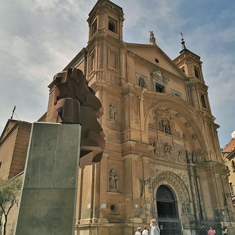 Vista de la Iglesia de Santa Engracia desde el Monumento a Joaquín Costa en Zaragoza