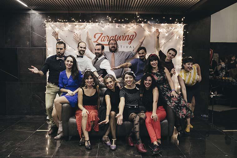 equipo de la academa de baile zaraswing