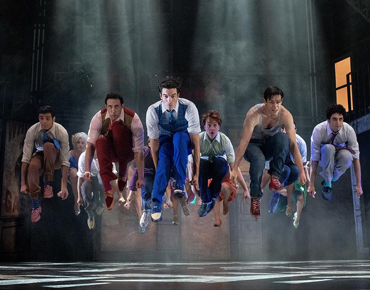 Baile en West Side Story durante su actuación en Zaragoza