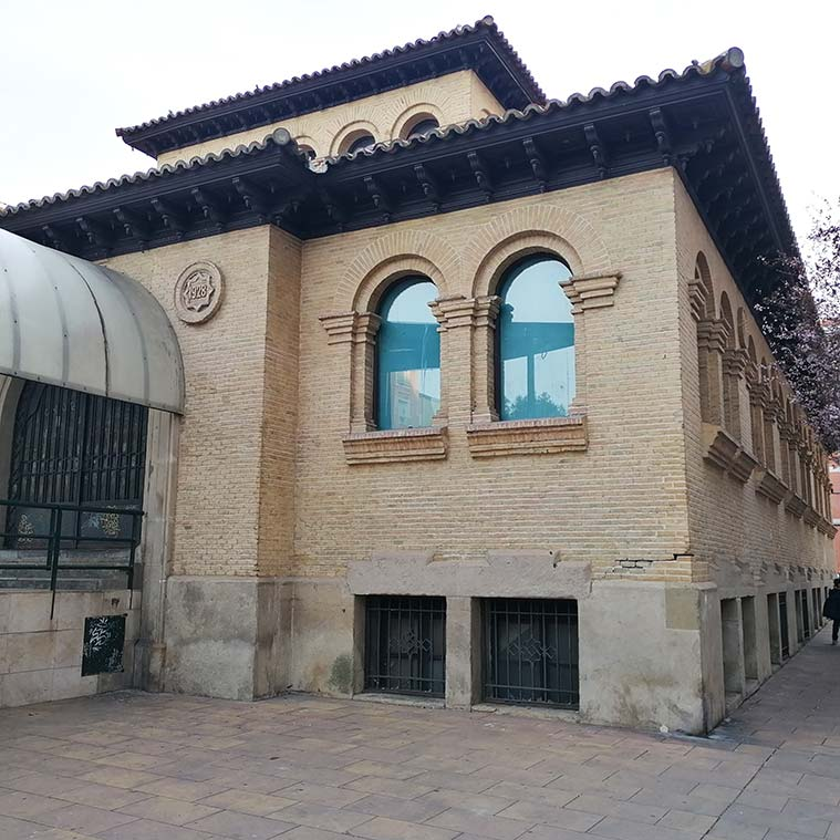 arquitectura historicista del teatro del mercado de zaragoza