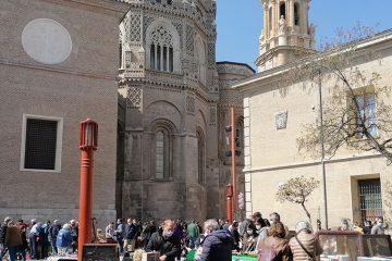 Mercadillo de antiguedades de la Plaza de San Bruno