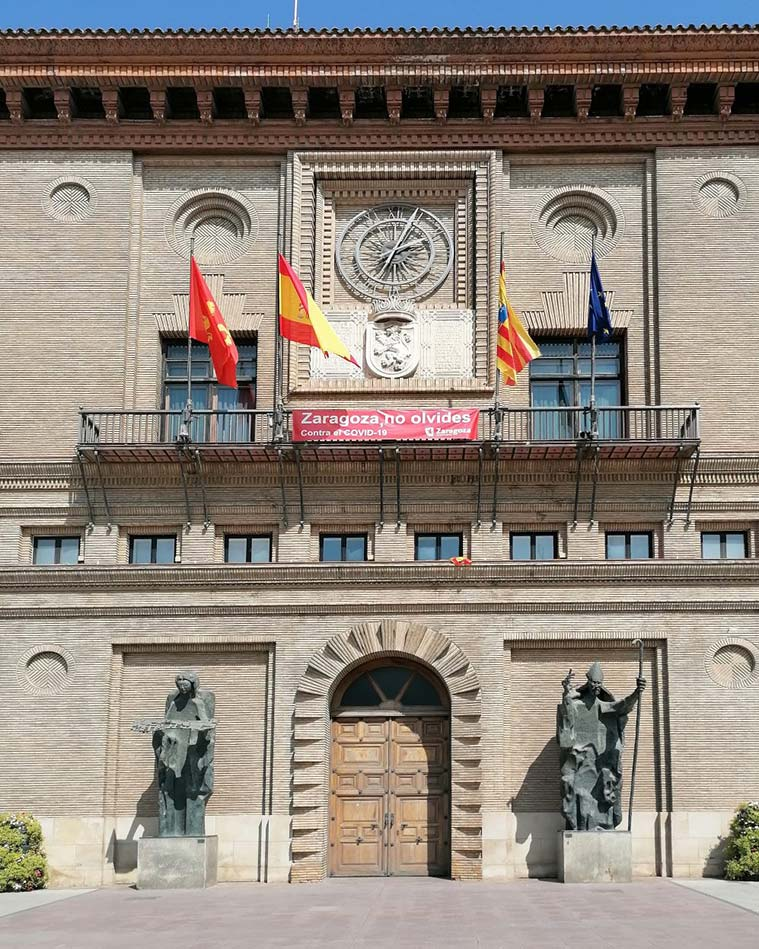 Fachada de la Casa Consistorial de Zaragoza (sede del Ayuntamiento de Zaragoza)