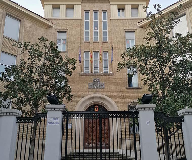 Vista del Colegio Compañía de María desde la Calle Bilbao