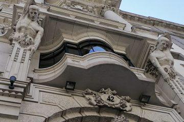 Edificio del antiguo Banco de Aragón (1917-1951) en el Coso de Zaragoza