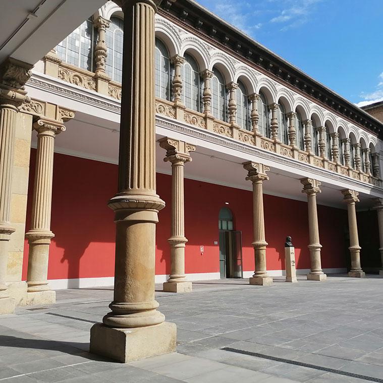 El gran patio central del Museo de Zaragoza está inspirado en el Patio de la Infanta