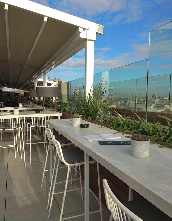 En la planta 11 delhotel INNSIDE by Meliá Zaragoza se encuentra el Rooftop Lateral
