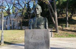 Monumento a Joaquin Dicenta en el Parque Grande