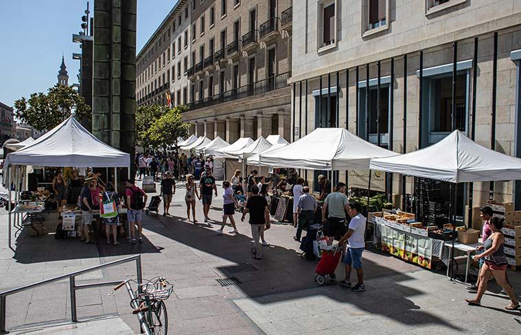 La Muestra Agroecológica de Zaragoza se celebra todos los sábadosen laPlaza del Pilar