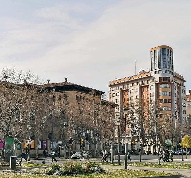 Plaza de Basilio Paraiso en Zaragoza