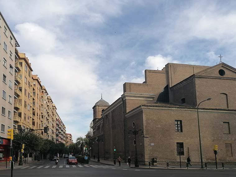 La Puerta del Portillo de Zaragoza se encontraba en el cruce de la Calle Conde Aranda con el Paseo María Agustín