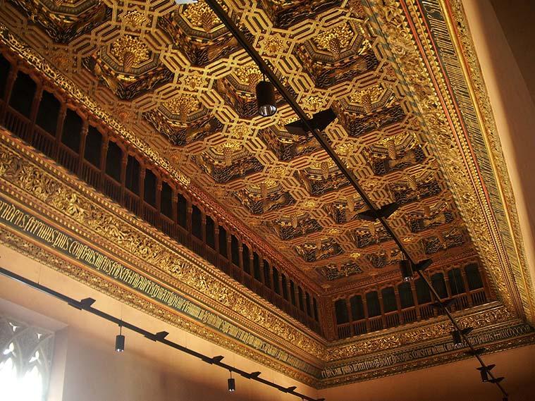 El Salón del Trono de los Reyes Católicos en el Palacio de la Aljafería