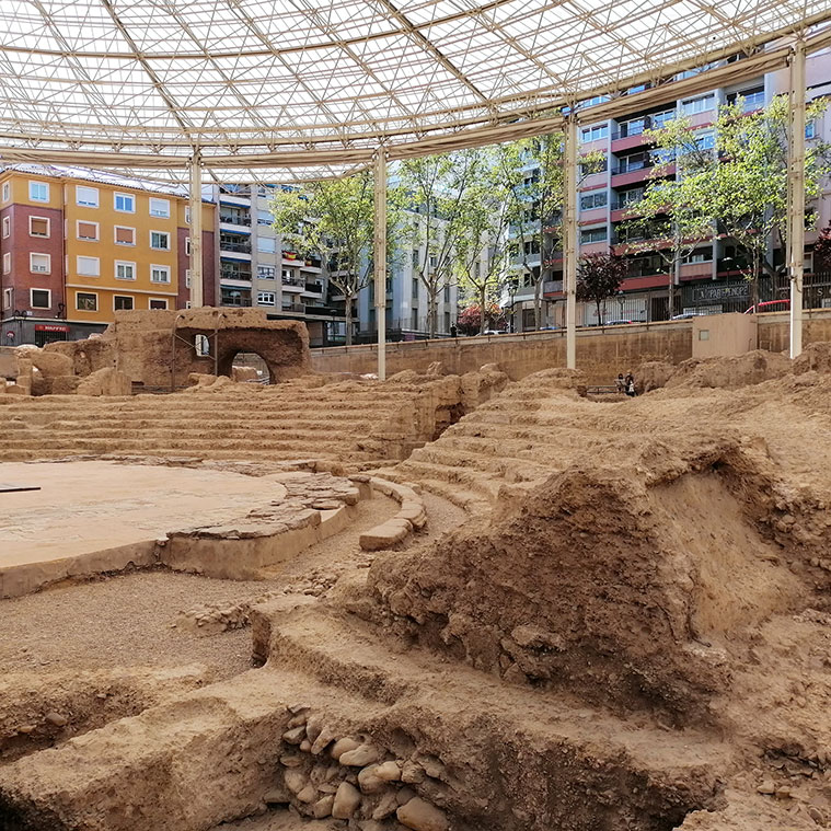 Vista de la cavea del teatro romano