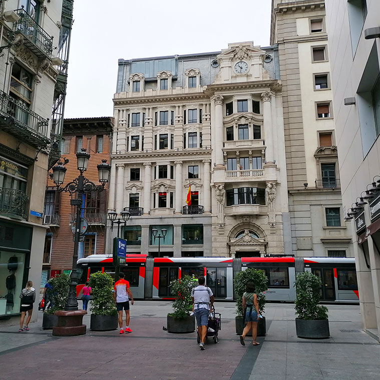 Vista del Coso desde la Calle Alfonso I