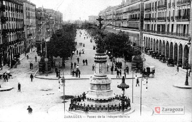 Vista del Paseo independencia desde la Plaza de España en 1904
