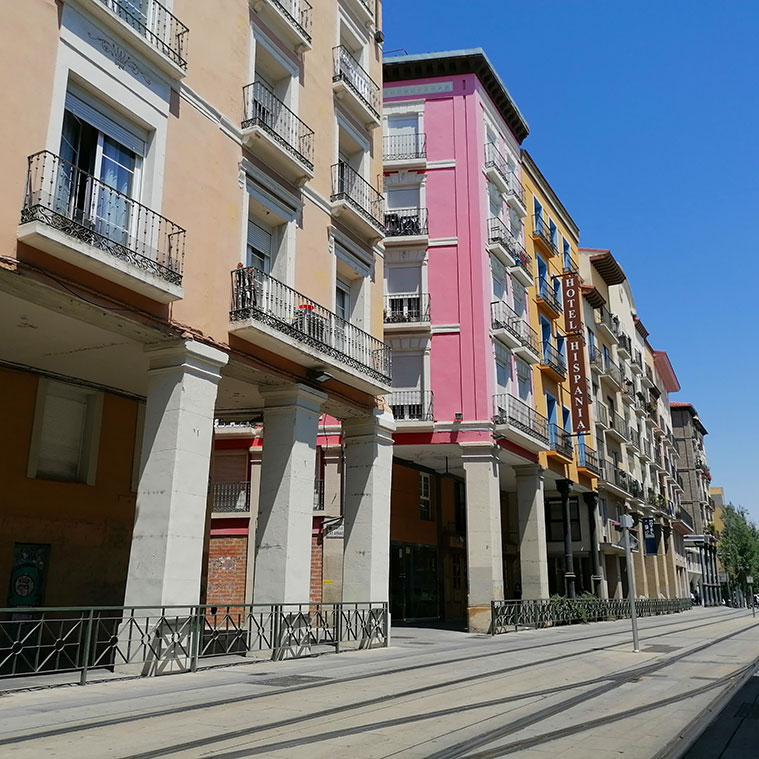 edificios historicos en la Avenida César Agusto