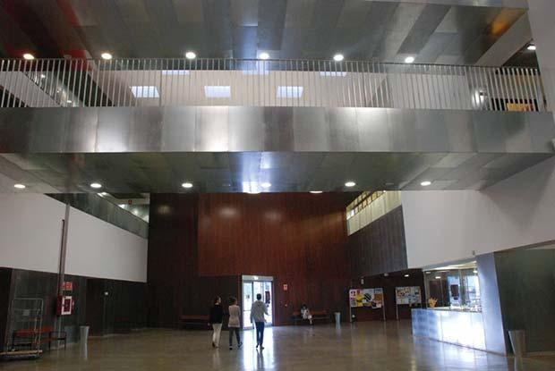 hall-de-Escuela-de-Arte-de-Zaragoza