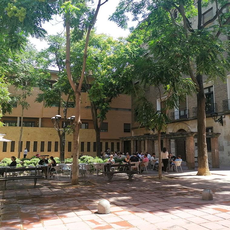 meses de las terrazas de la Plaza Santa Cruz