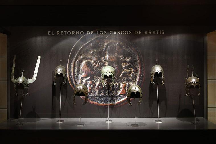 siete cascos celtibéricos procedentes del expolio continuado en la antigua ciudad de Aratis, ubicada en las proximidades de Aranda de Moncayo