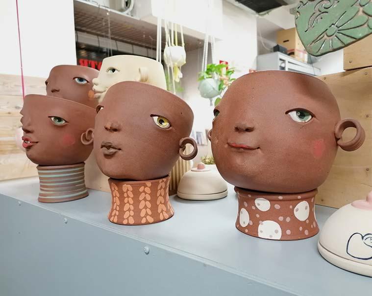 cerámicas con rostros africanos en Sehahechotrizas