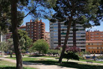 vista de la calle rioja desde el parque palomar
