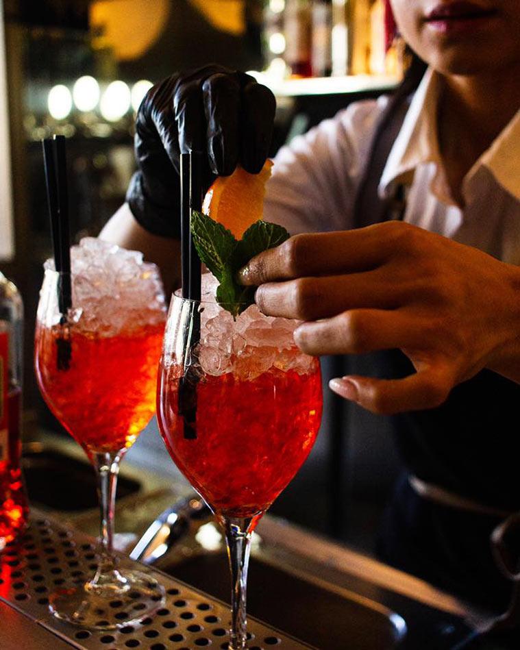 Gonzo Bitter Bar cócteles