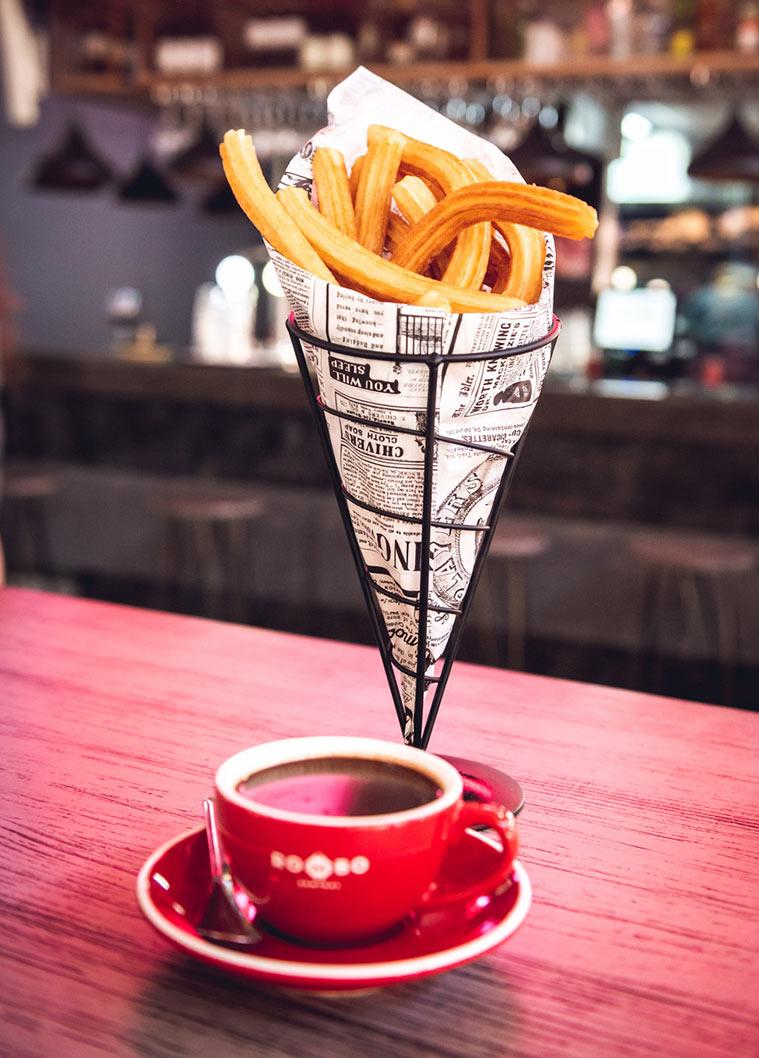 Café y churros en Matine