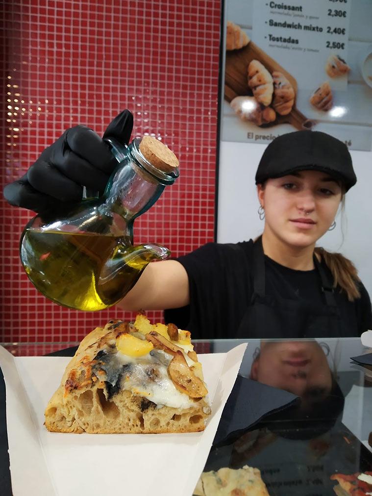 Pizza trufada en Pizzeria Mia Don Jaime