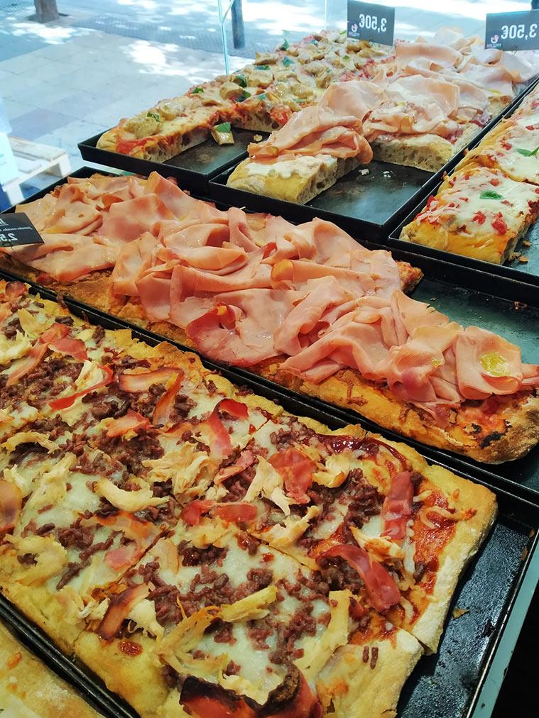 pizzas al corte en pizza mia