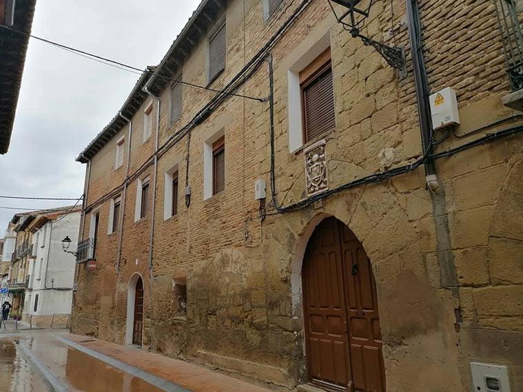 Casonas y palacetes en Ayerbe