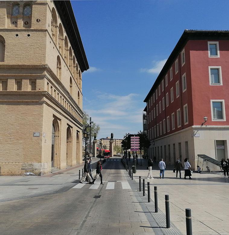 La Puerta del Ángel de Zaragoza se encontraba en el cruce de la Calle Don Jaime con el Paseo Echegaray y Caballero