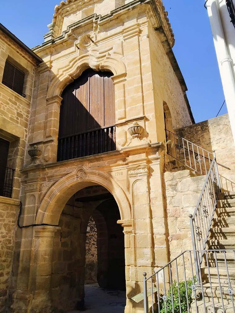 Cretas es una verdadera reliquia histórica que bien merecen un alto en nuestro camino