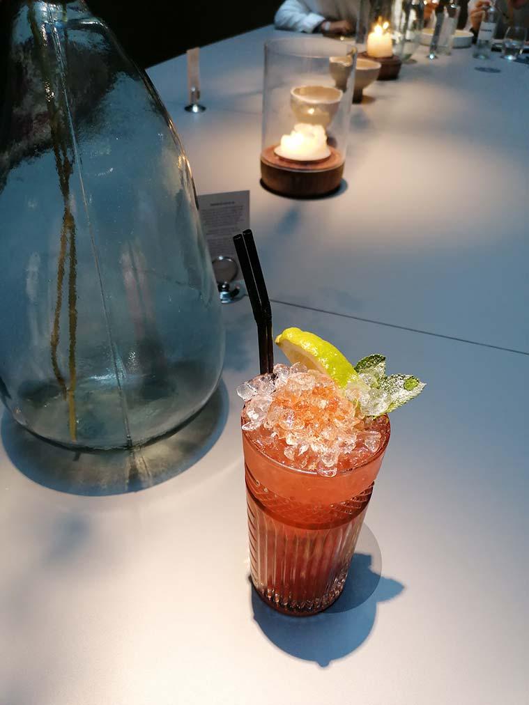 mojito rosa en el Gonzo Bitter Bar