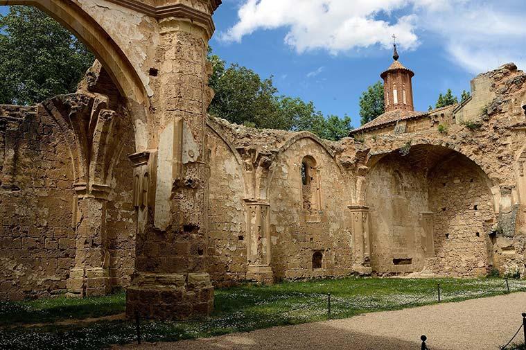 ruinas del Monasterio de Piedra