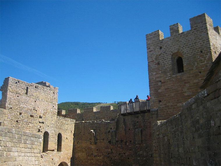 Torres del homenaje y de la reina en el Castillo de Loarre