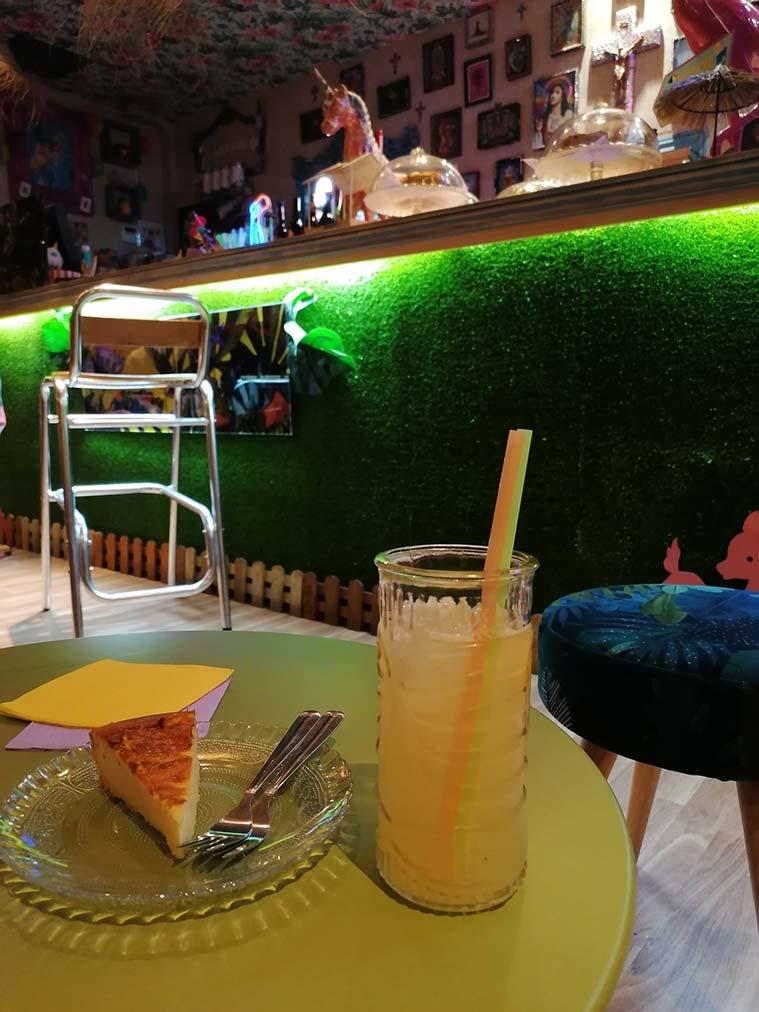 Insolente limonada y tarta de queso