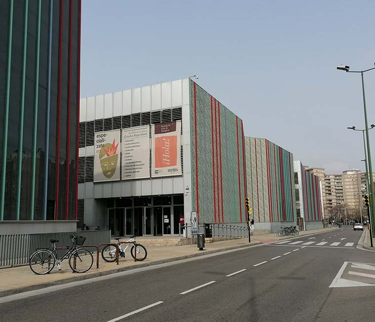 Entrada a la Escuela de Arte de Zaragoza