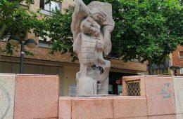 La escultura 'El Esfuerzo' de Manuel Arcón