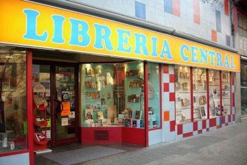 Librería Central en la calle corona de aragon