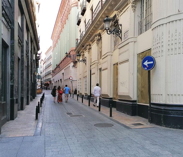 Primeros metros de la Calle Cuatro de Agosto