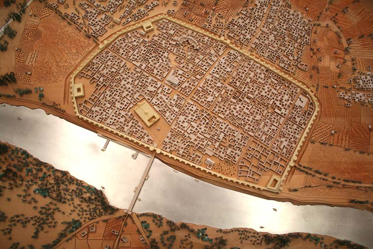 Saraqosta en el siglo XI. Maqueta del Ayuntamiento de Zaragoza