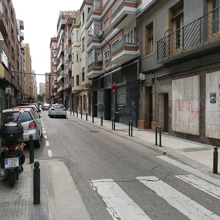 Vista de la Calle San Antonio María Claret con la Universidad de Zaragoza al fondo