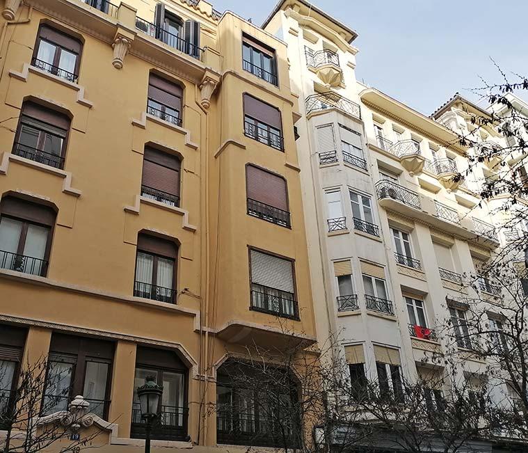 arquitectura tradicional en la calle zurita de zaragoza