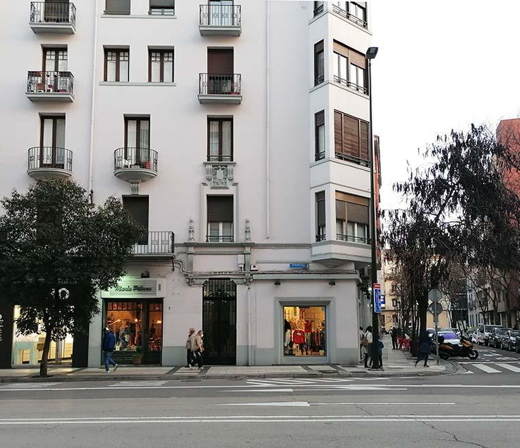 esquina de las calles Hernan Cortes y Pizarro