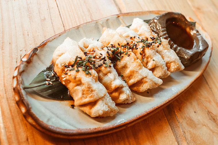 gyozas en el sushi bar de zaragoza