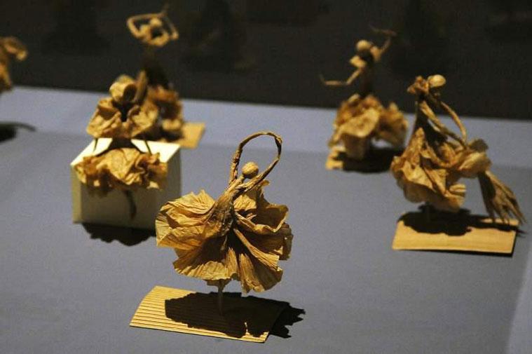 obras de origami en la escuela museo de origami de zaragoza